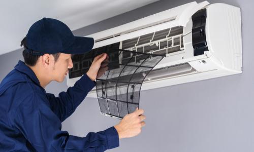 画像:エアコンの取り外し、買取もOK